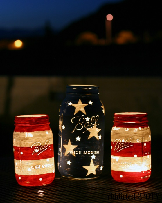patriotic mason jars | 25+ MORE 4th of July party ideas