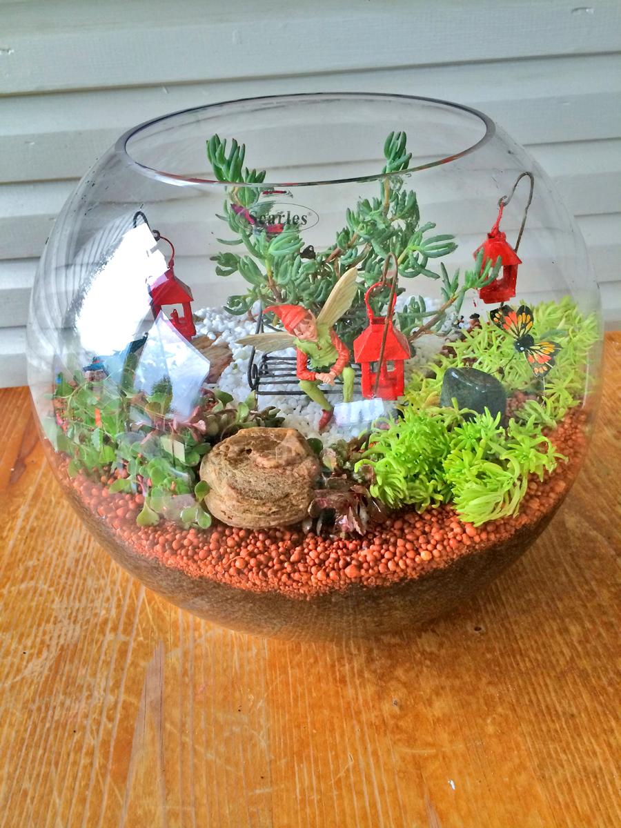 Miniature Terrarium Fairy Garden | 25+ Fabulous Fairy Garden