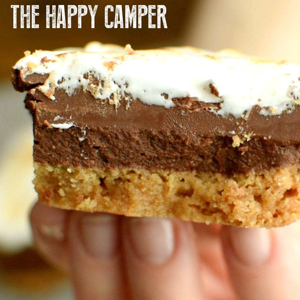 The Happy Camper | The Ultimate S'mores Fudge | NoBiggie.net