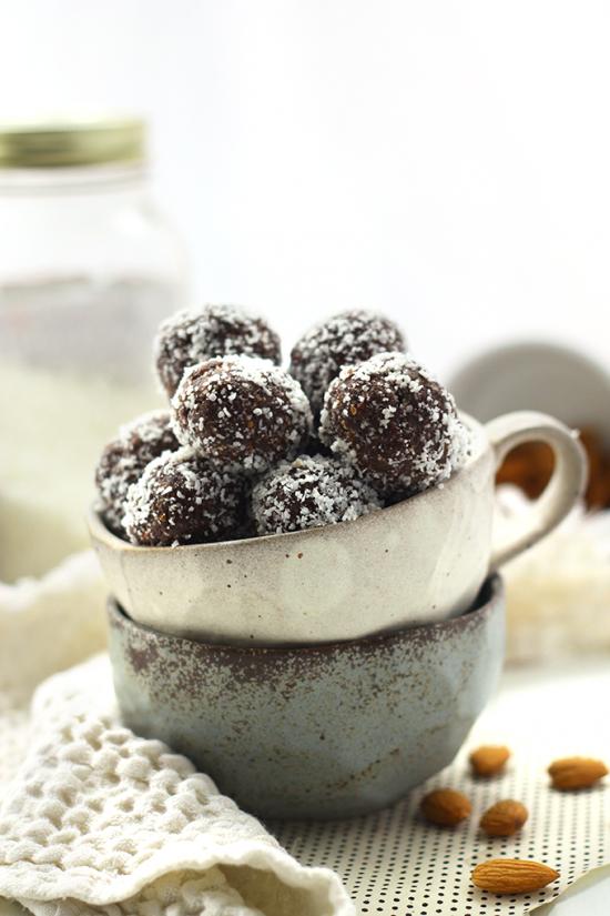 No Bake Almond Joy Energy Balls | 25+ Energy Bites