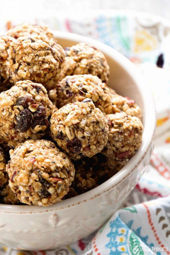 Oatmeal Raisin Energy Balls | 25+ Energy Bites