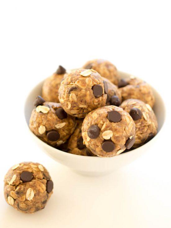 Peanut Butter Energy Bites | 25+ Energy Bites