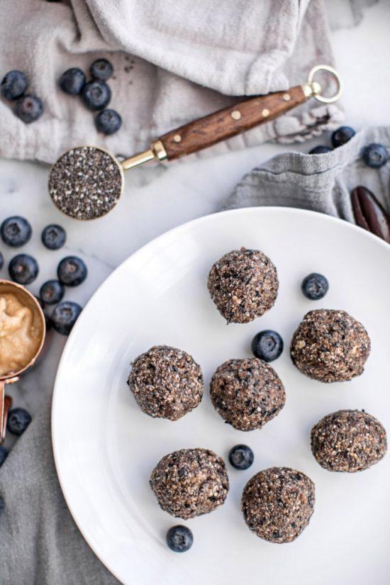 Blueberry Protein Energy Balls | 25+ Energy Bites