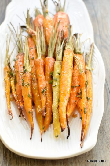 Garlic Rosemary Roasted Carrots