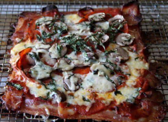 Bacon Pizza Crust | 25+ Creative Pizza Crusts