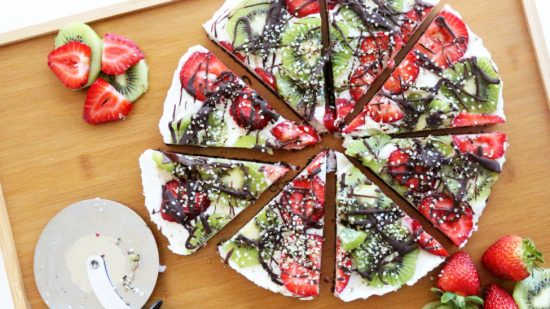 Berry Kiwi Hemp Pizza | 25+ Dessert Pizzas