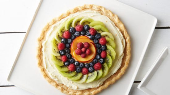 Easy Fresh Fruit Dessert Pizza | 25+ Dessert Pizzas