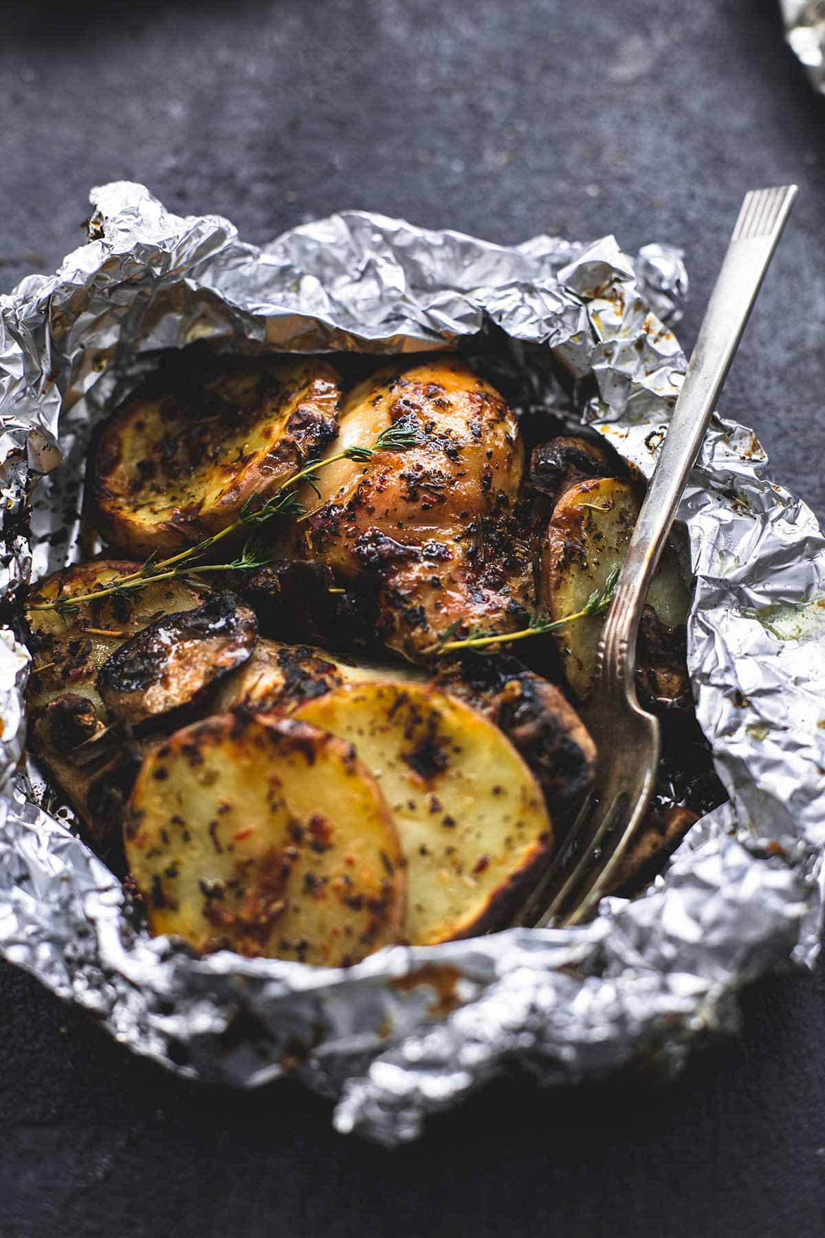 Grilled Herbed Chicken and Potato Foil Packs | 25+ Foil Packet Dinners
