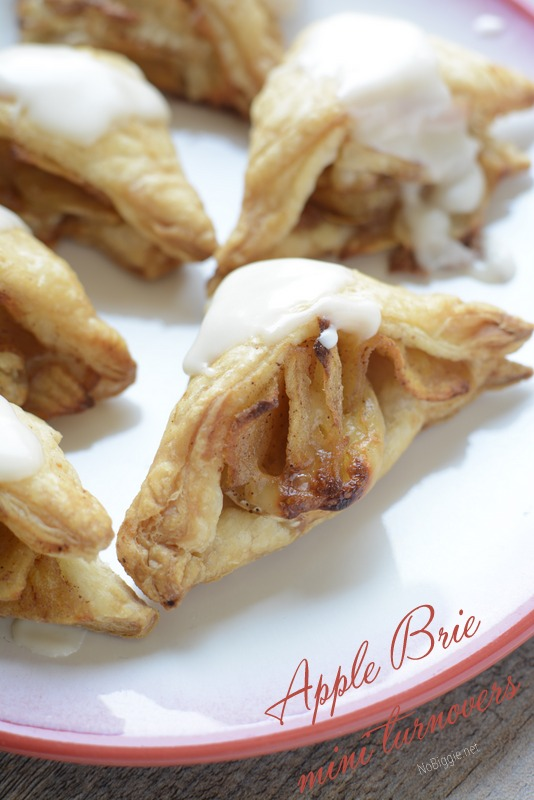 Mini Apple Brie Turnovers | 25+ Autumn Apple Recipes
