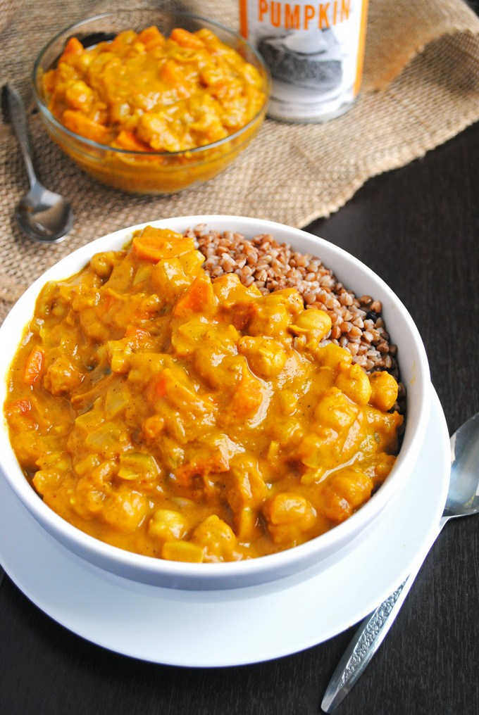 Chickpea Pumpkin Coconut Curry | 25+ Savory Pumpkin Recipes