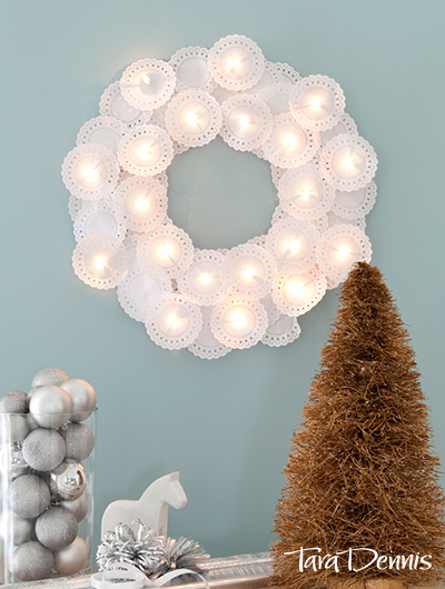 Doily Wreath | 25+ MORE Beautiful Christmas Wreaths