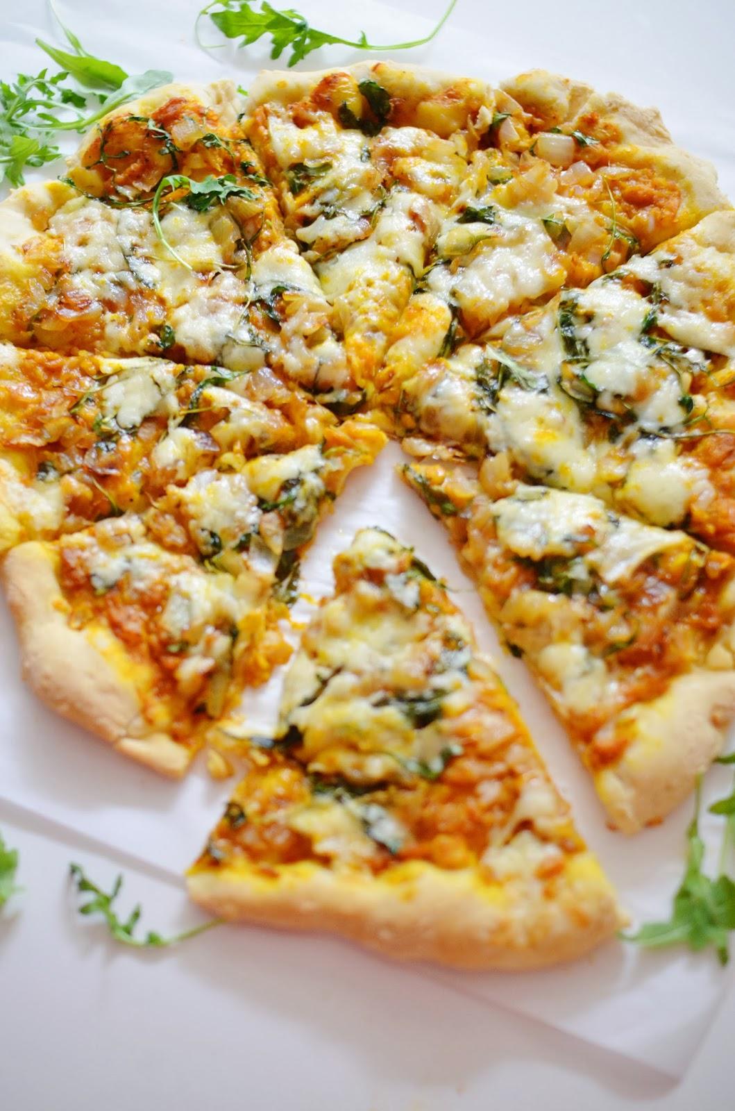 Savory Pumpkin Pizza | 25+ Savory Pumpkin Recipes