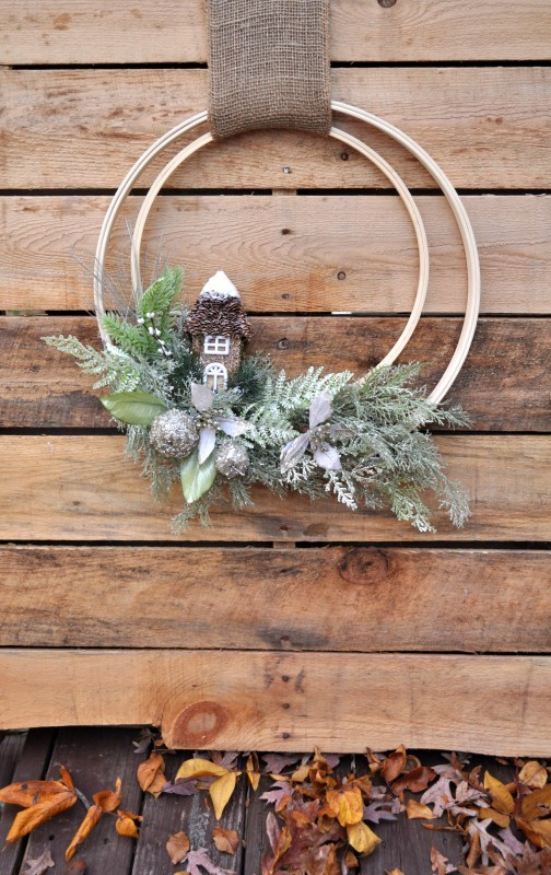 Winter Woodland Wreath | 25+ MORE Beautiful Christmas Wreaths