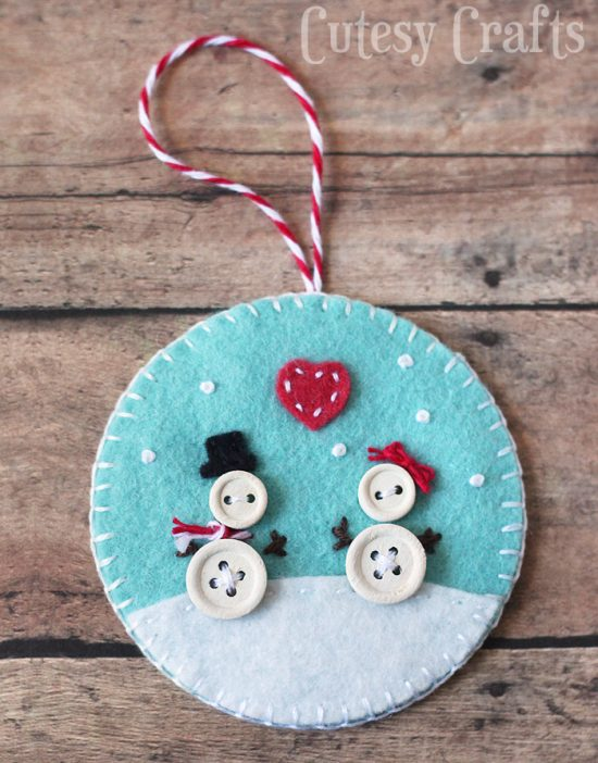 Button and Felt Ornaments | 25+ MORE Ornaments Kids Can Make