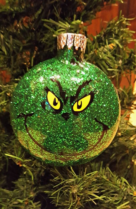 Glittered Grinch Ornament | 25+ MORE Grinch Crafts and Cute Treats