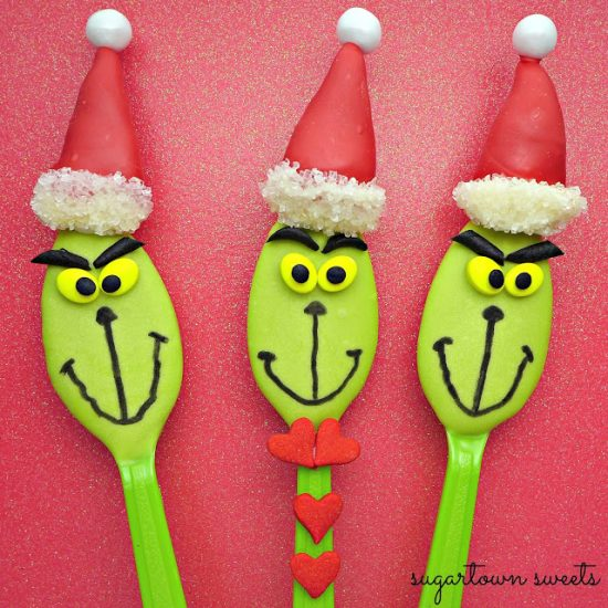 Grinch Candy Spoons | 25+ MORE Grinch Crafts and Cute Treats