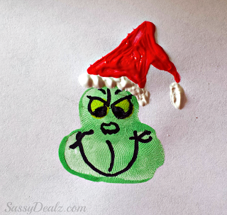 Grinch Fingerpaint Craft | 25+ MORE Grinch Crafts and Cute Treats