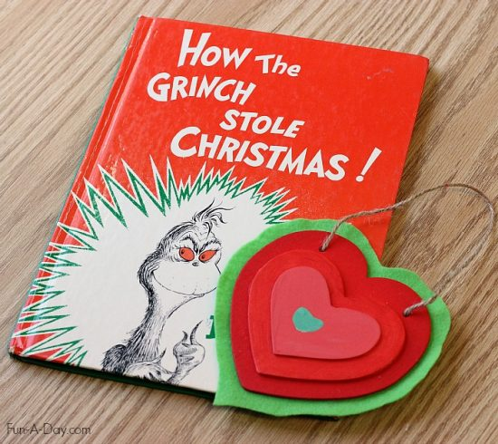 Grinchs Growing Heart Craft | 25+ MORE Grinch Crafts and Cute Treats