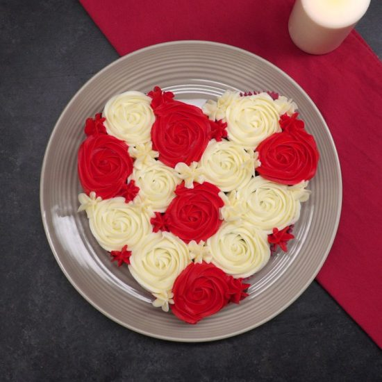 Heart Shaped Cupcake Cake | 25+ Cupcake Birthday Cake Ideas