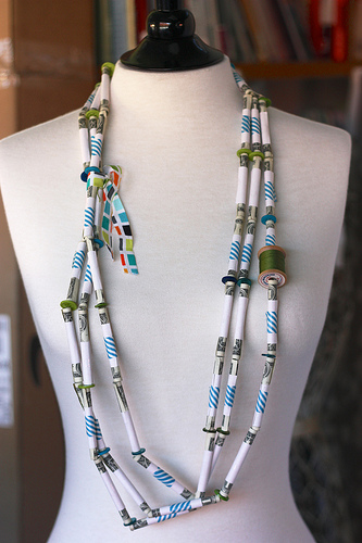 Money Bead Necklace | 25+ MORE Creative Ways to Give Money
