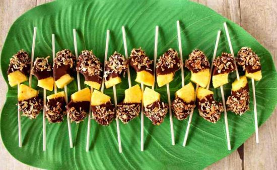 How to Throw a Luau Party  18 Great Recipes and Ideas