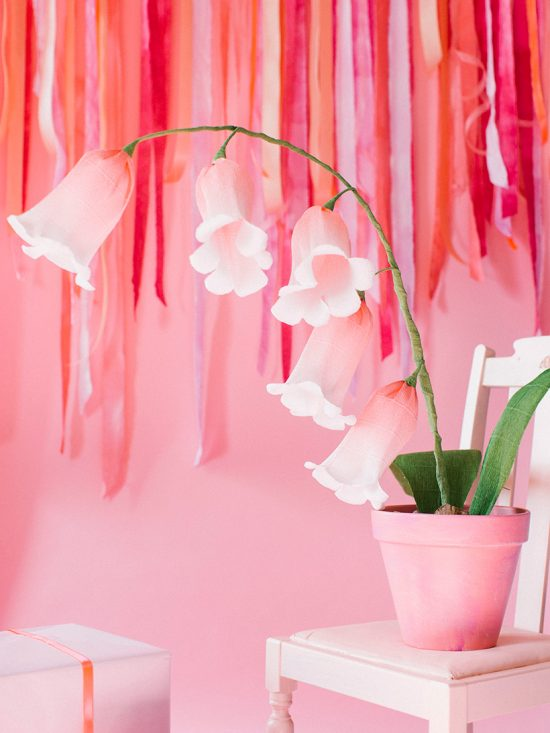 18 More Beautiful DIY Paper Flower Ideas