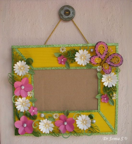 Paper Flower Photo Frame | 25+ MORE Paper Flowers