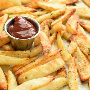 THE BEST crispy oven fries
