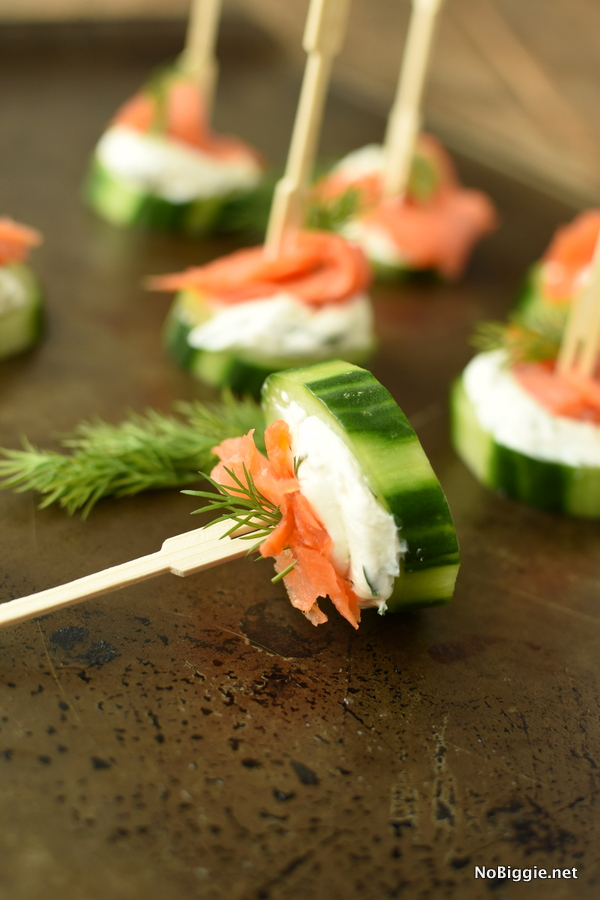 smoked salmon cucumber bites with creamy dill dip