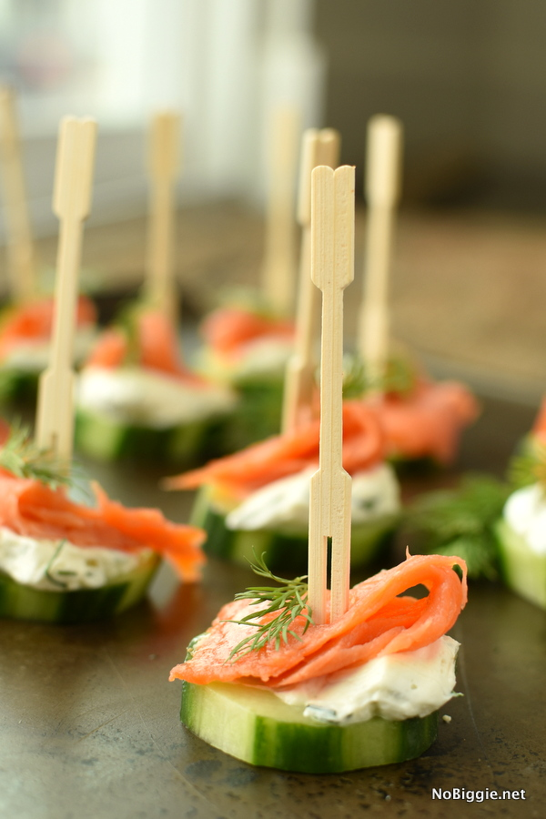 smoked salmon cucumber bites with creamy dill
