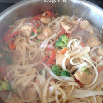 Thai Noodle Stir fry | NoBiggie.net