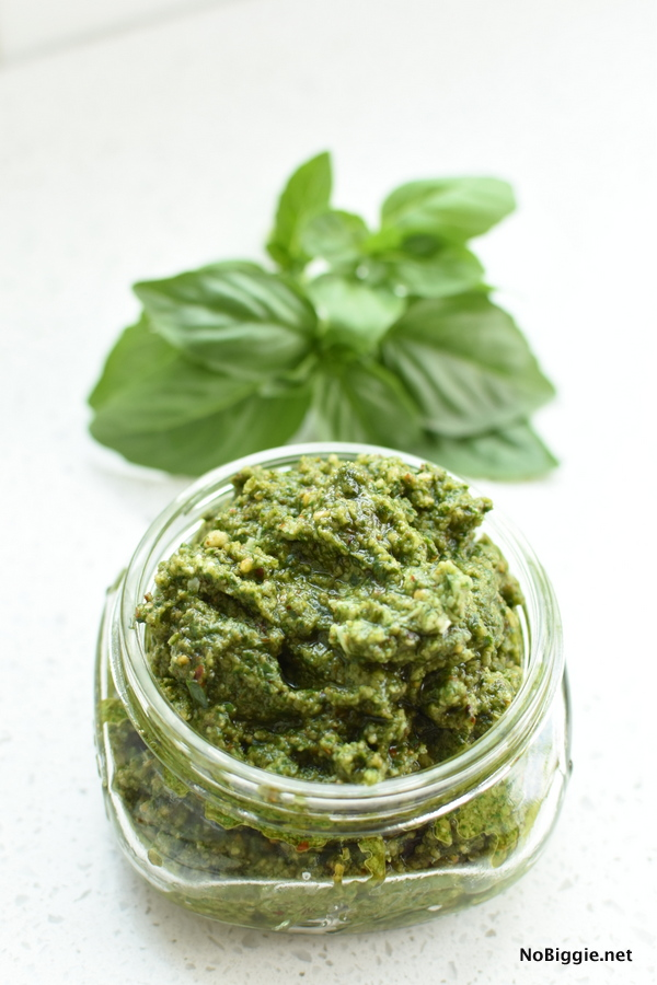 https://www.nobiggie.net/wp-content/uploads/2018/09/basil-pesto-homemade.jpg