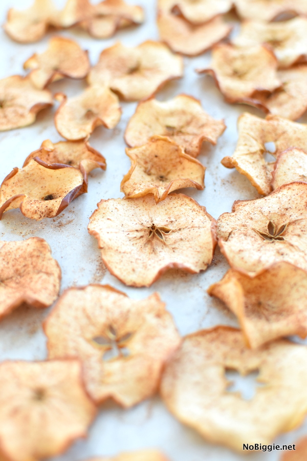 Baked Sugar Cinnamon Apple Chips