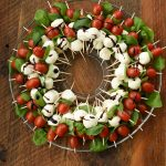 caprese wreath holiday appetizer