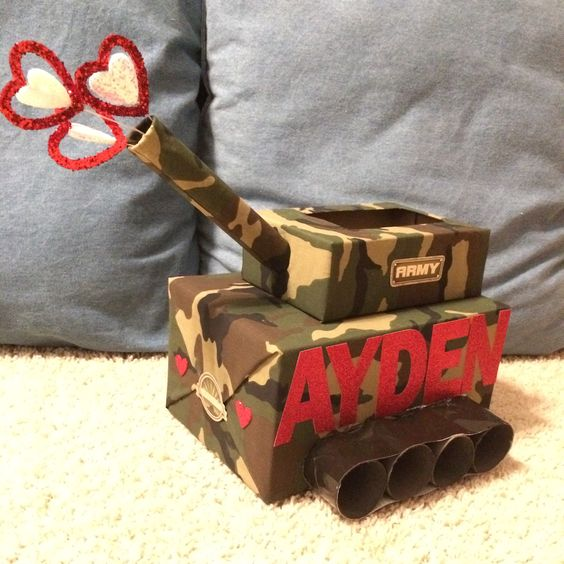 Army Tank Valentine Box for Boys | 25+ MORE Valentine Boxes for Boys