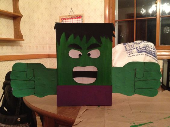The Hulk Valentine Box