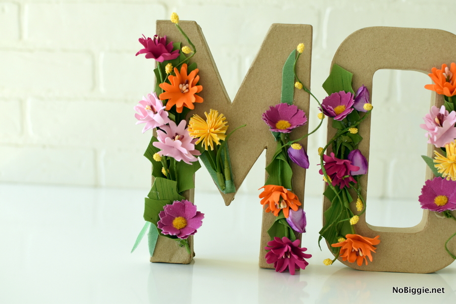 Mother's Day Easy Brunch Decor