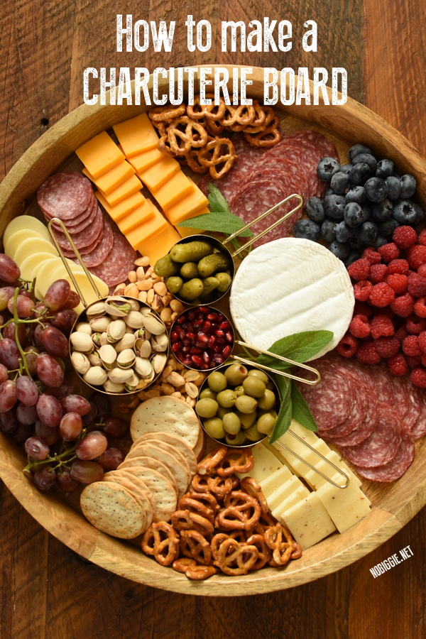 charcuterie board | 25+ No Cook Appetizers
