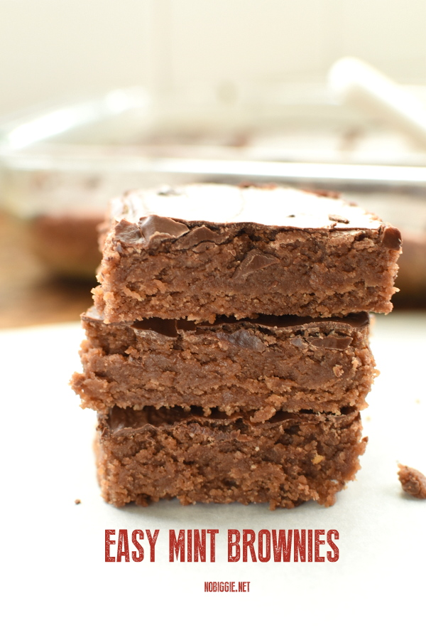 Easy Mint Brownies | 25+ Desserts to feed a crowd