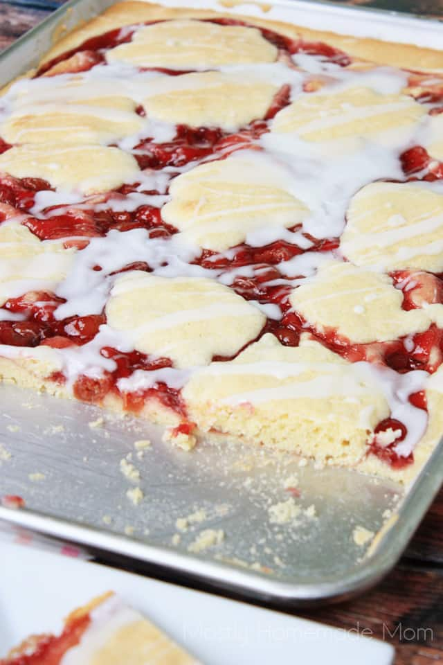 Sheet Pan Cherry Pie | 25+ Desserts to feed a crowd