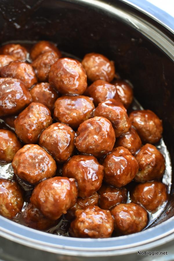 BBQ Cranberry Meatballs | 25+ Meatball Recipes