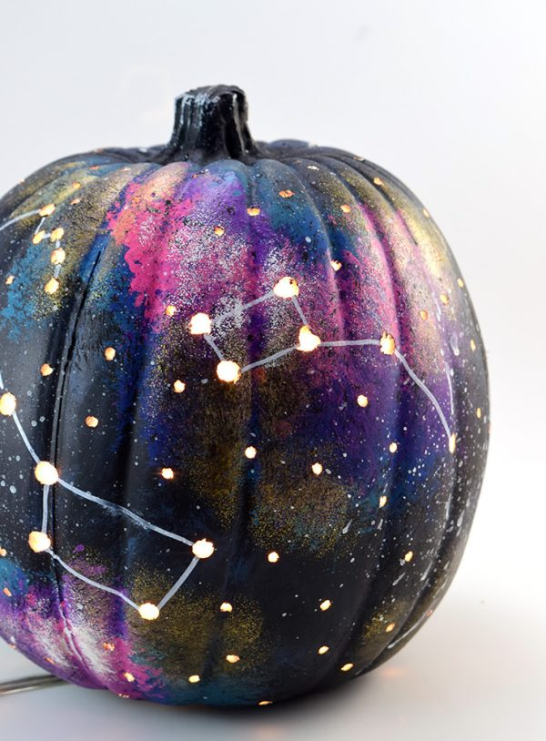 Galaxy Pumpkin | 25+ MORE no carve pumpkin ideas
