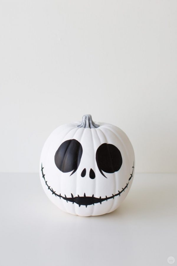 Jack Skeleton Pumpkin | 25+ MORE no carve pumpkin ideas