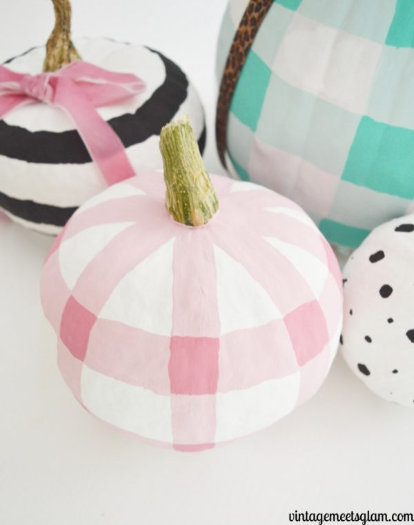 Plaid Pumpkin | 25+ MORE no carve pumpkin ideas