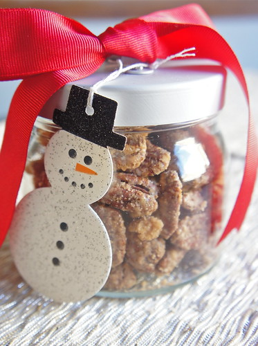 Christmas Nuts | 25+ more mason jar gift ideas