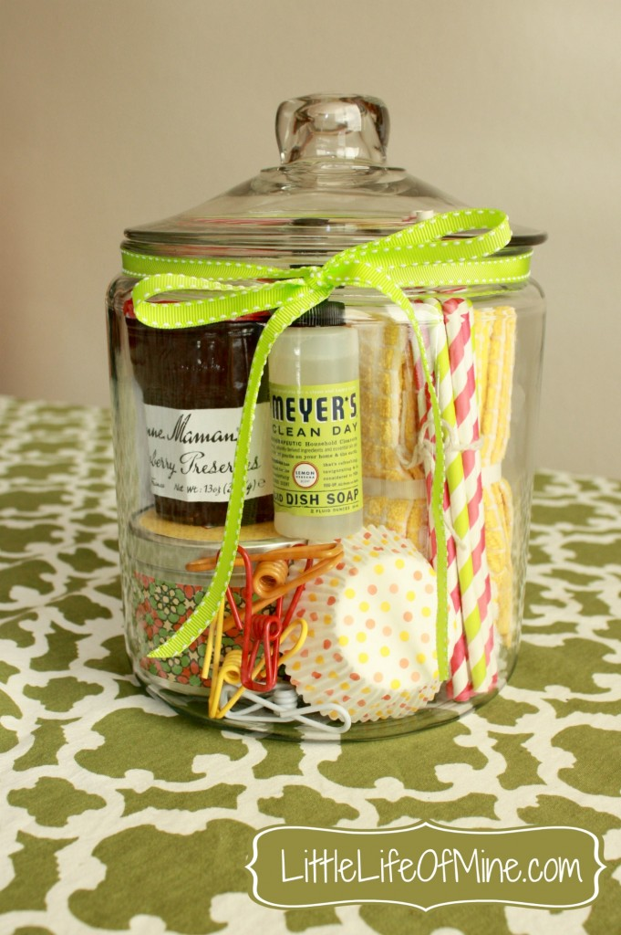 Housewarming in a jar | 25+ more mason jar gift ideas
