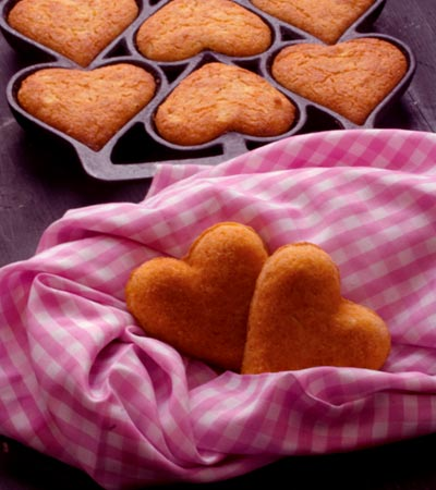Apple Cornmeal Cakes | 25+ MORE Heart Shaped Food