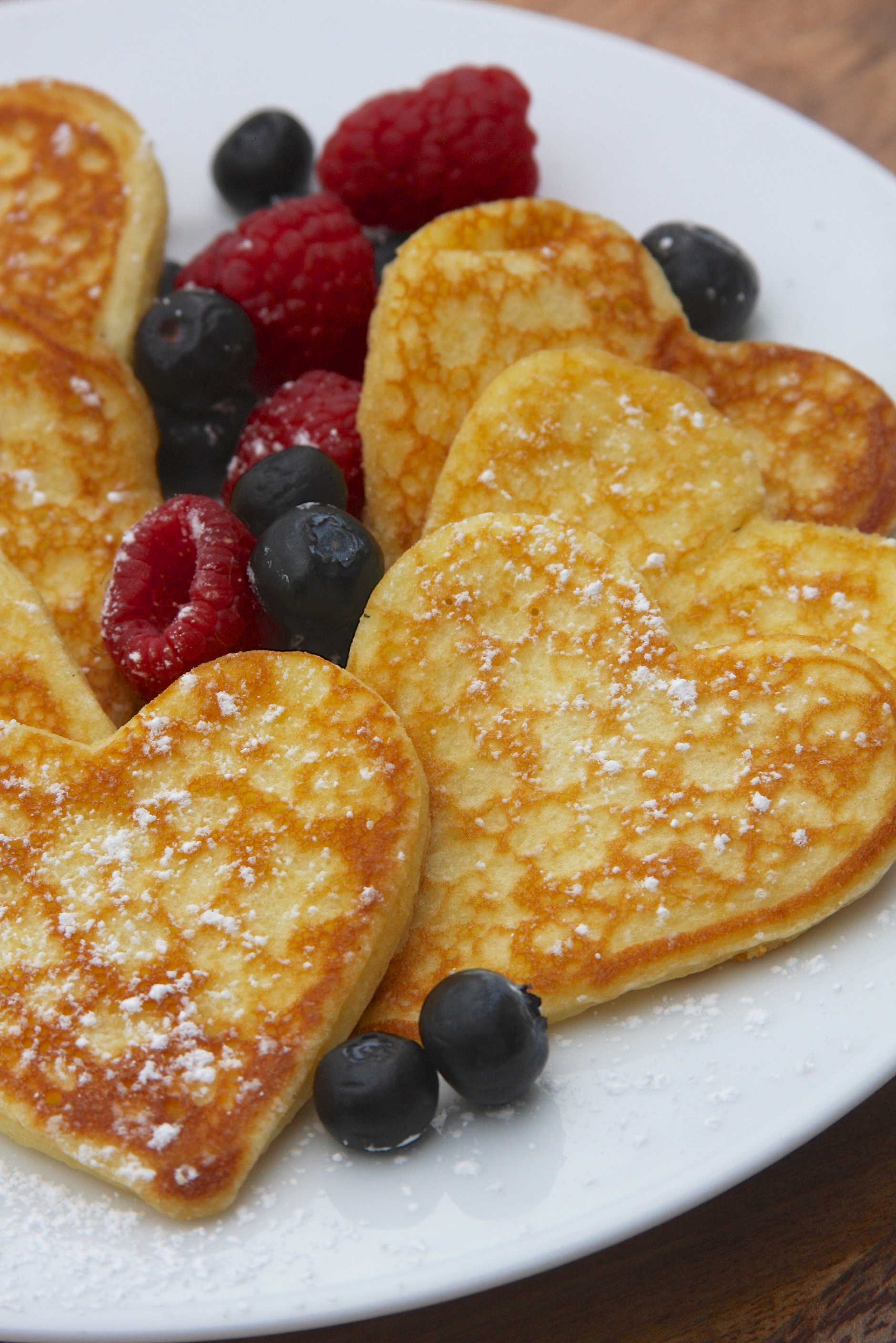 Heart Pancakes | 25+ MORE Heart Shaped Food