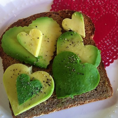 Valentine Avocado Toast | 25+ MORE Heart Shaped Food
