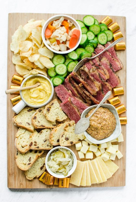 St. Patrick's Grazing Board | St. Patrick's Day Charcuterie Boards
